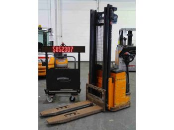 Stacker Still EGV205852307