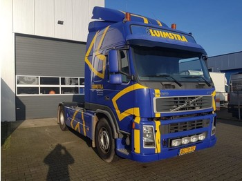 Volvo FM12 420 Globetrotter - tractor